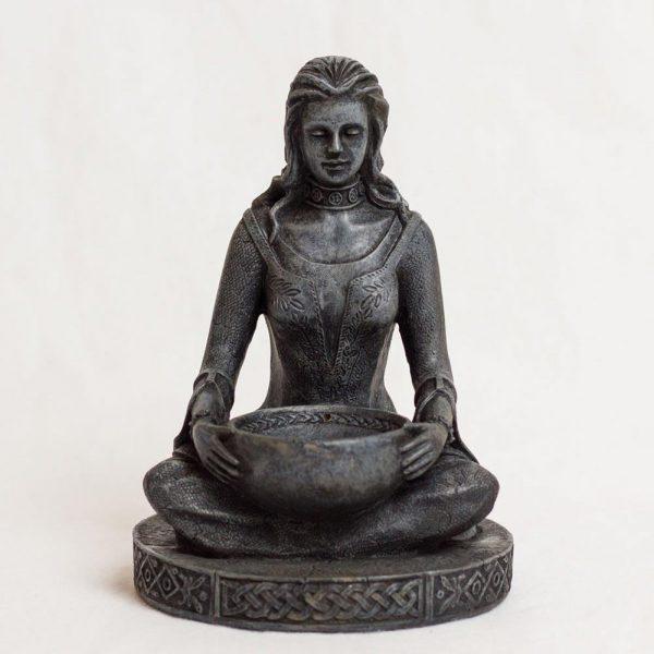 Figur mit Kerzenhalter der Göttin Bridget (Brigid)