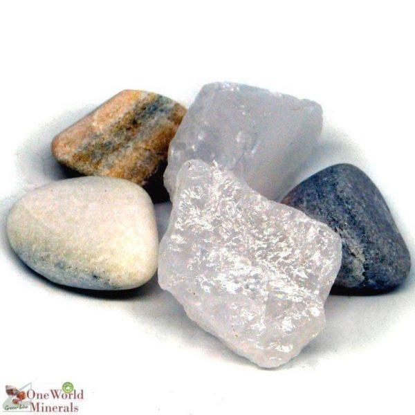 """Die Wassersteine-Mischung """"Veränderung"""" von OneWorldMinerals besteht aus Marmor und Bergkristall."""