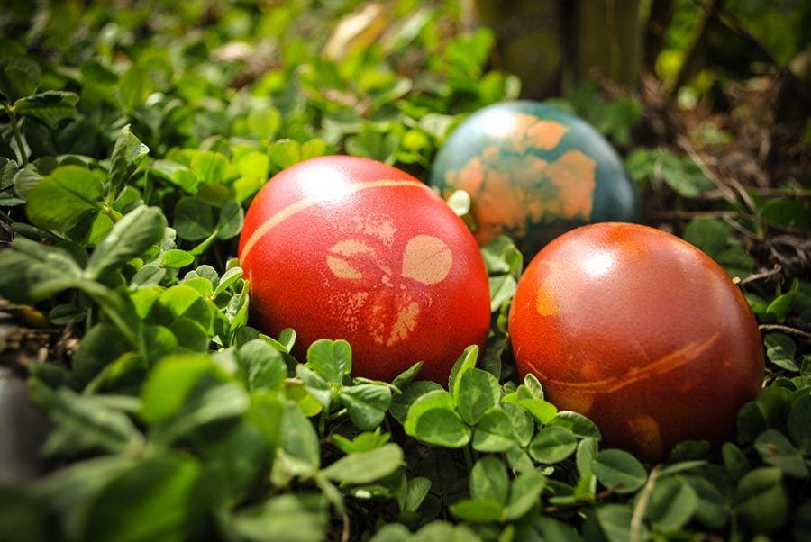 Bunt gefärbte Eier zu Ostara sind eine vorchristliche Tradition