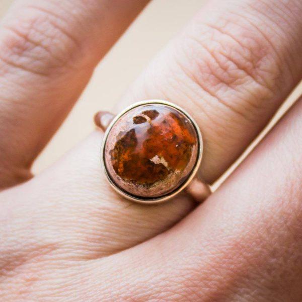 Ring mit Feueropal aus 925er Sterling-Silber