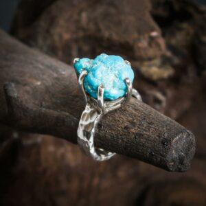 Ring aus 925er Sterling-Silber mit Türkis-Rohstein