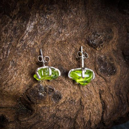 Ohrstecker mit Peridot-Nuggets - 925er Sterling-Silber
