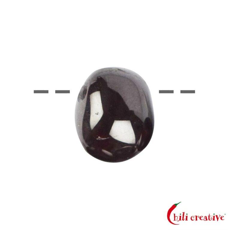Tropfenförmiger Trommelstein Granat (Sterngranat) gebohrt - mittel