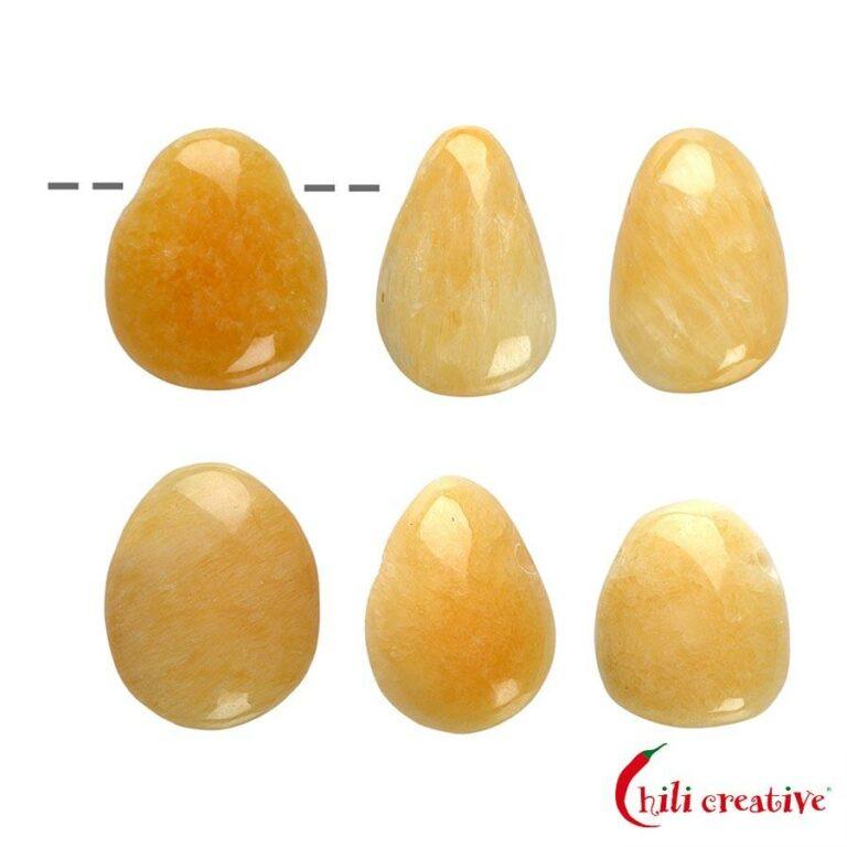 Tropfenförmiger Orangencalcit Trommelstein gebohrt - klein