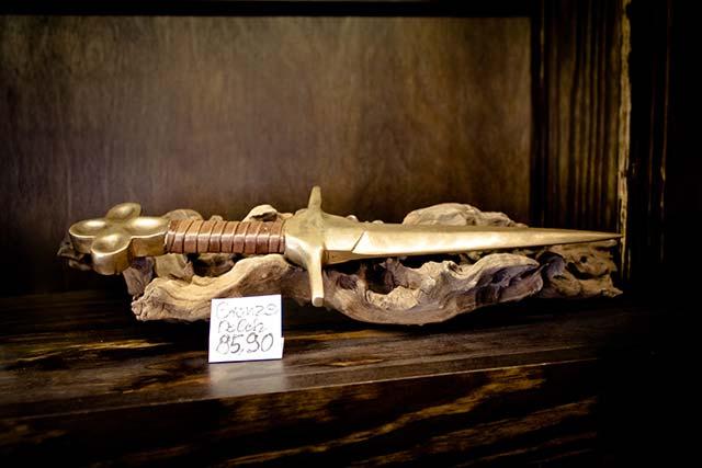 Ritualdolch aus Bronze