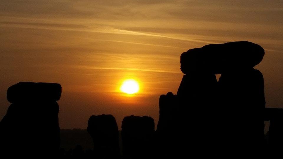Alter Kultplatz mit Sonnenkalender zeigt Litha an
